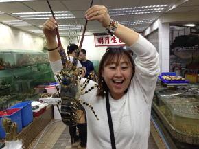 鯉魚門の鮮魚店