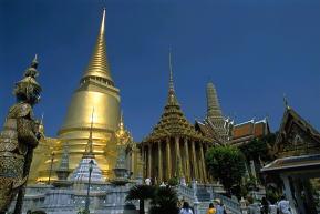 タイ現地手配 エメラルド寺院