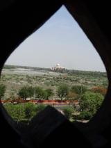 アグラ城からみたタージマハル