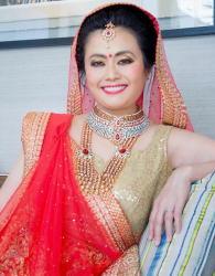 インド民族衣装女性