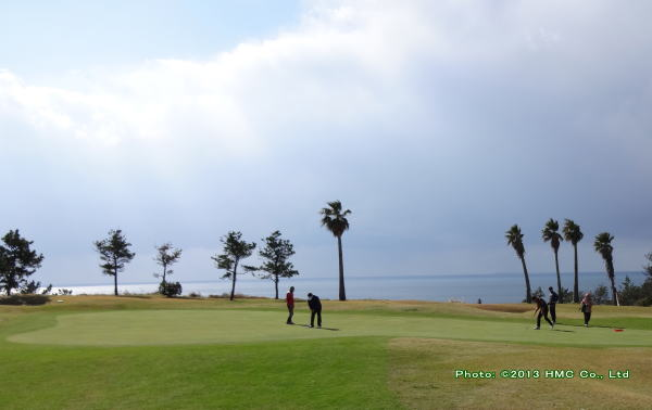 中文ゴルフクラブ 目の前は海