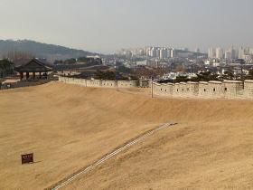 5.7km続く城壁