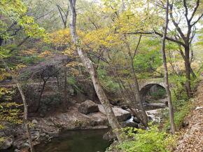 仙厳寺へ向かう途中の昇仙橋
