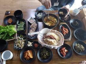 五種米定食とポッサム