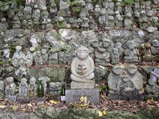 男嶽神社の石猿