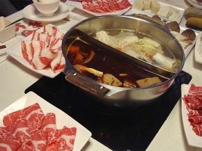 鼎王の鴛鴦鍋